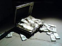持ち出しが続けば自己資金が底をつき、破綻をする